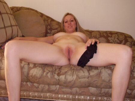 Liliana je suis sur ce site de chat sexy pour rencontre un homme compréhensif, aimant et surtout célibataire