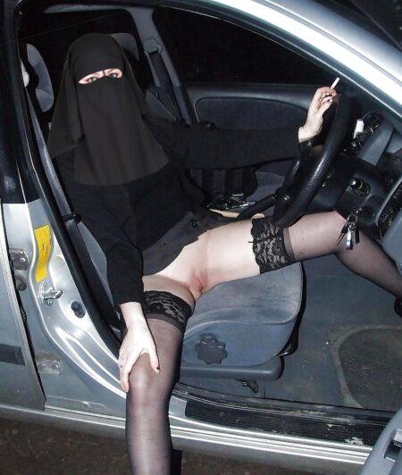 Fatma dispo pour un moment de detente a Issy-les-Moulineaux