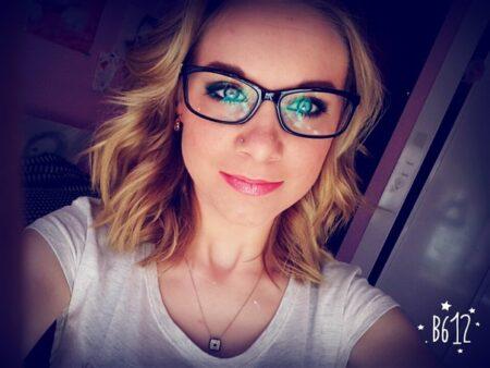 Chloe, 26 cherche uniquement des rencontres