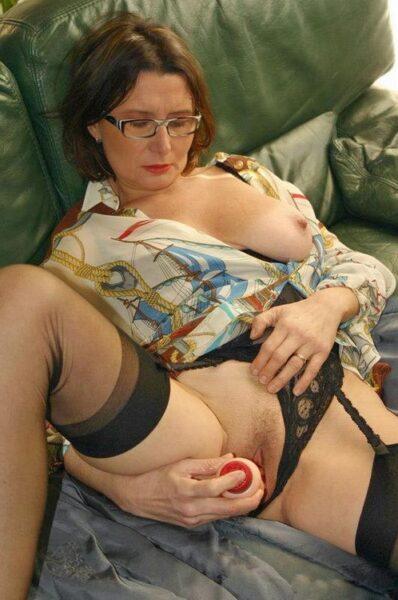 Lola dispo pour un moment de sexe a LeBlanc-Mesnil